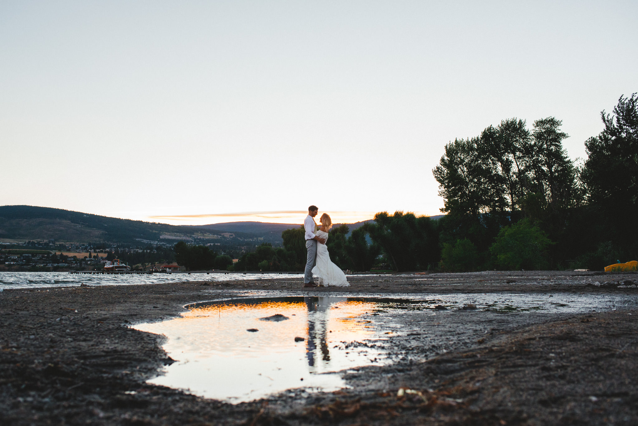 Ronnie Lee Hill Photography, Vancouver Photographer, bc wedding photographer, okanagan wedding photographer, kelowna wedding, union bridal, sunset wedding photo
