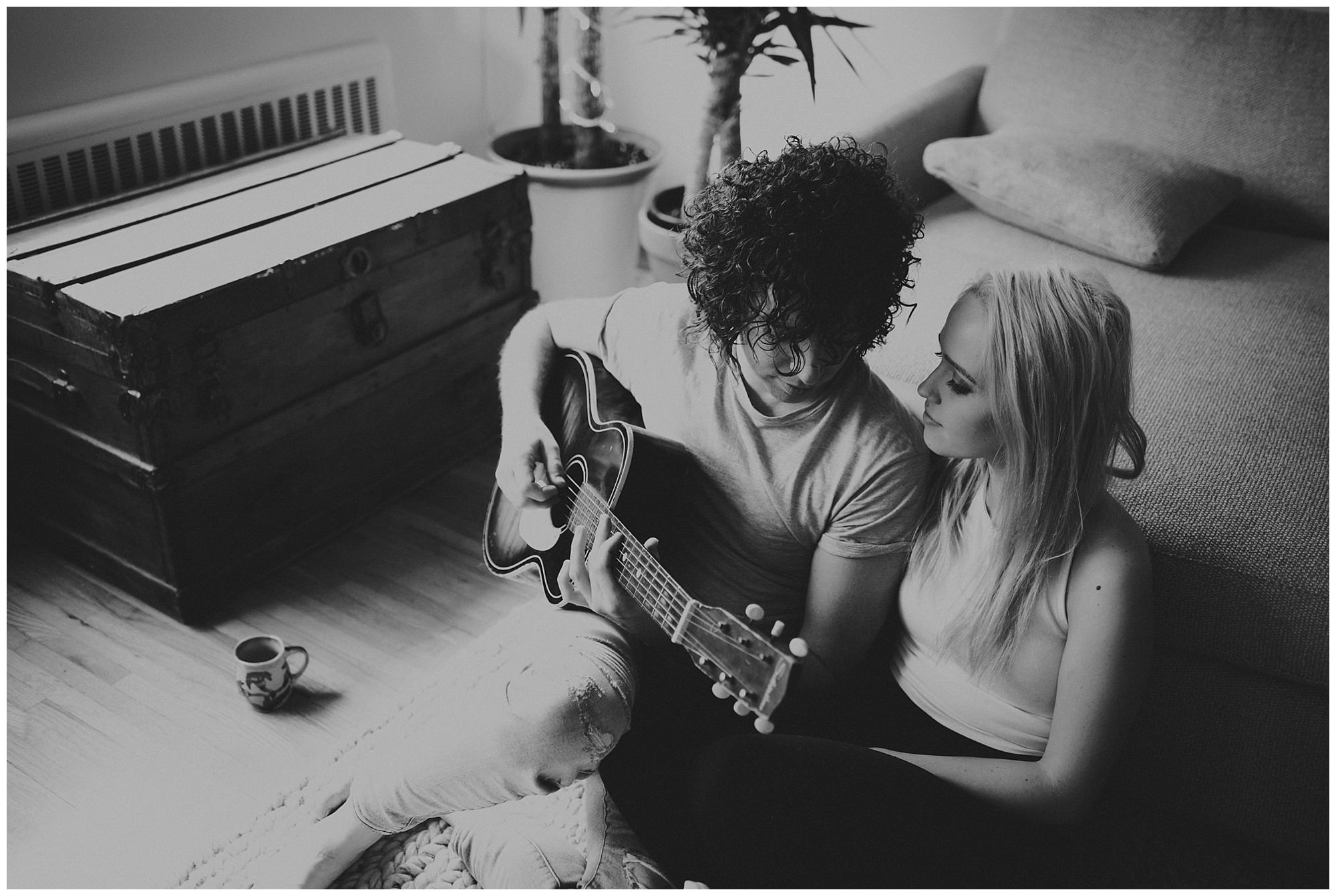 Steve Bays, Siobhan Williams, Vancouver wedding photographer, engagement session, engagement photos, at home session, musician, actress, guitar, Vancouver BC, bc wedding photographer