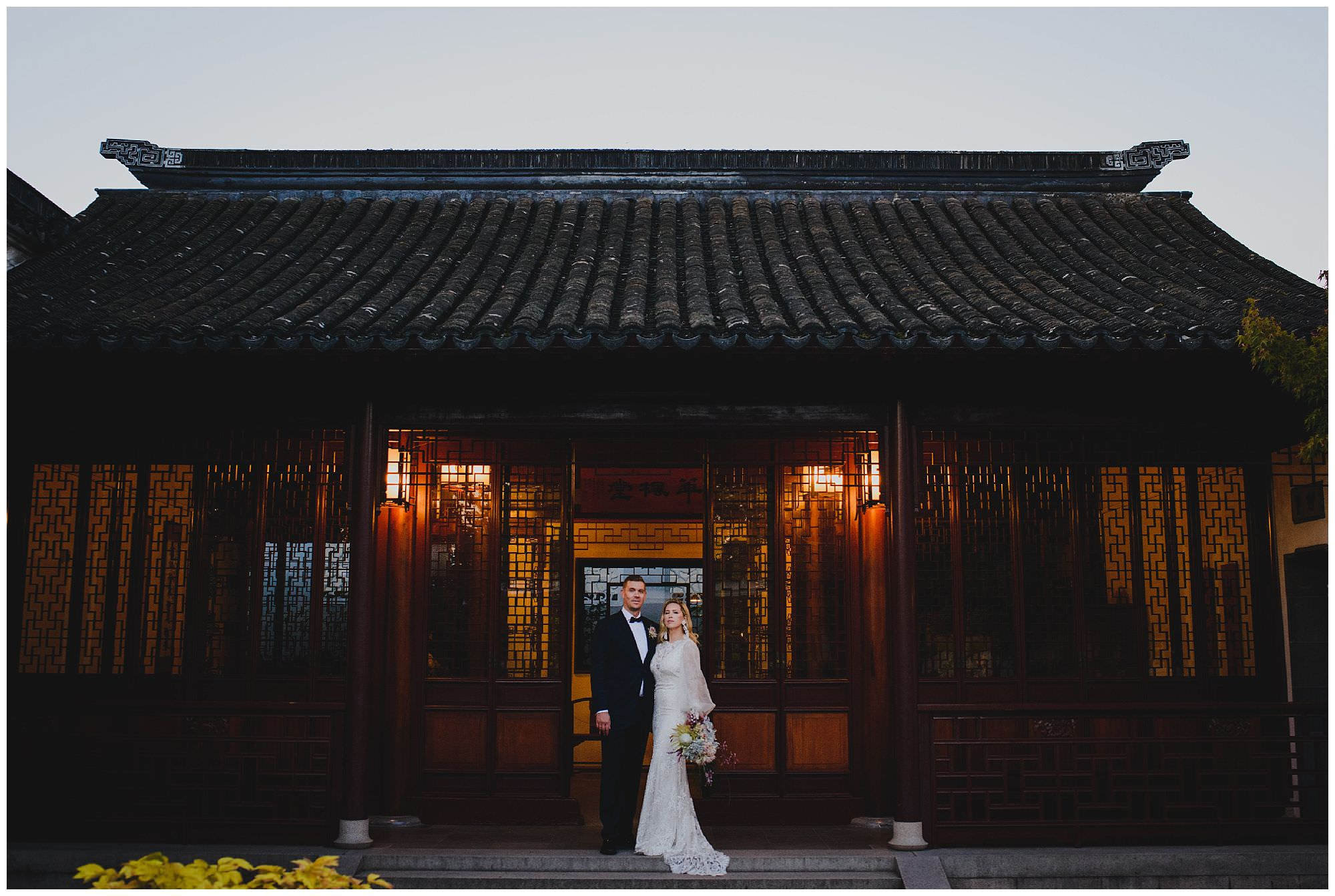 Stylish sunset wedding in Vancouver at Dr. Sun Yat Sen Classical Chinese Gardens