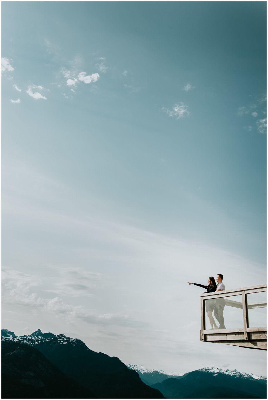 sunny-day-engagement-photos-at-Sea-to-Sky-Gondola-Squamish